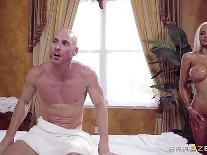 Fabulous Nicolette Shea offers consumer a full-service massage