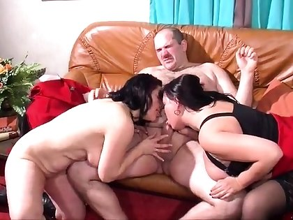Mature and busty unskilful wife blowjob and anal creampie