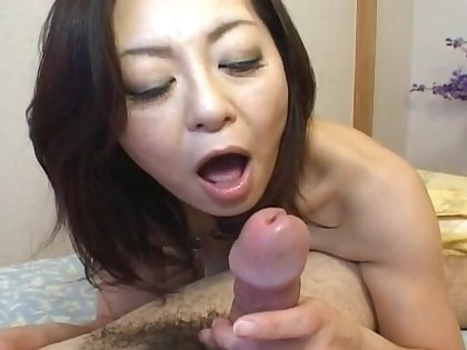 Unpaid video of Japanese pamper Miyuki Kisaragi having nice sexual connection