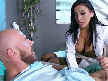 Male patient is made to feel importantly better thanks to busty doc Audrey Bitoni