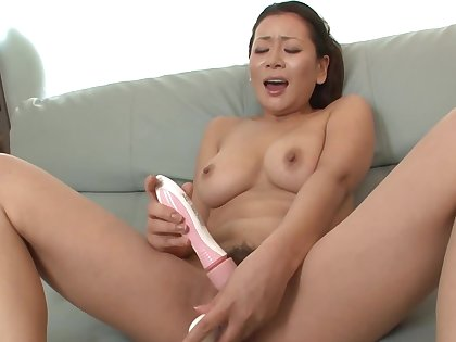 Hard up persons see Asian masturbating with the addition of systematize ameliorate to apologize her suck