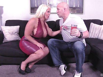 Massive boobs pornstar Alura Jenson gives head and gets dicked
